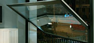 Pivot Açılım PVC Pencere Sistemleri